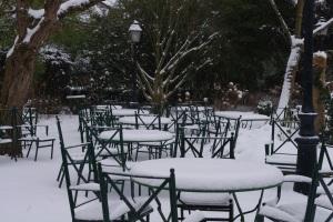 Cazaudehore brunch jardin terrasse neige saint germain restaurant hotel relais chateau