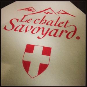 Restaurant chalet savoyard paris fromage charcuterie ski chalet cuisine regionale gastronomie française raclette fondue ledru rollin