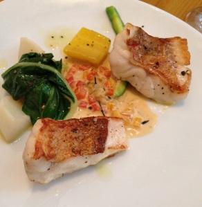 Abri labri restaurant paris japon japonais cuisine gastronomie menu plats entrée surprise chef poissoniere rascasse