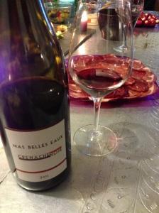 Mas belles eaux vins rose rouge vignoble languedoc mourvedre grenache sainte helene capsule vis vin carignan