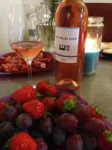 Mas belles eaux vins rose rouge vignoble languedoc mourvedre grenache sainte helene capsule vis vin syrah