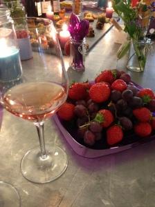 Mas belles eaux vins rose rouge vignoble languedoc mourvedre grenache sainte helene capsule vis vin