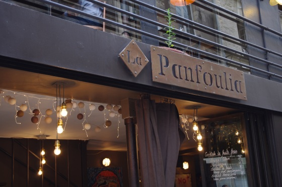 Restaurant Panfoulia burger burgers hamburger cocktails bar marais carte prix soirée