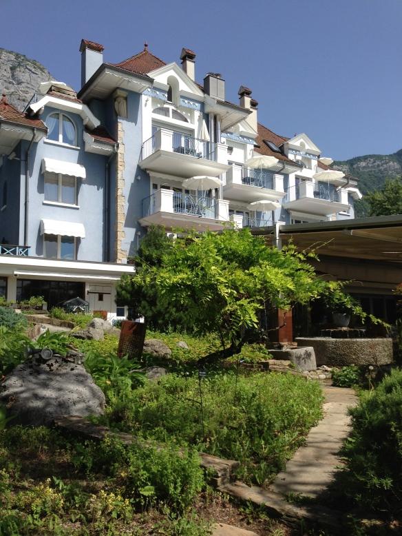 Yoann Conte Annecy jardins marc veyrat nouvelle maison gastronomie étoiles michelin menu repas annecy hotel