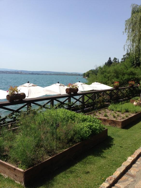 Yoann Conte Annecy jardins marc veyrat nouvelle maison gastronomie étoiles michelin menu repas lac