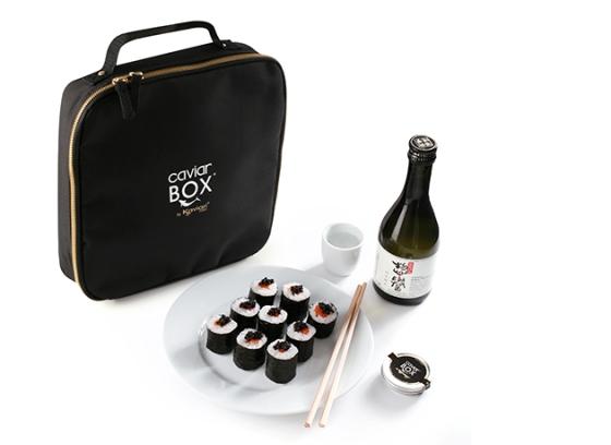 Caviar box kaviari caviars luxe foodbox esturgeon blanc japon asie sake contenu abonnement noel produits mer saumon baeri beluga